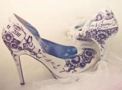 长期穿高跟鞋的危害有哪些?